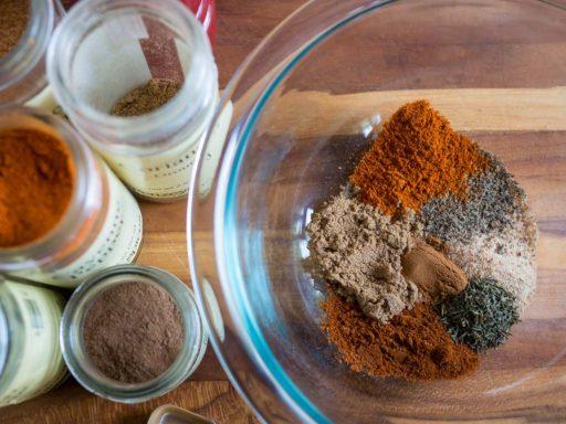 Mixing up a spice rub   DadCooksDinner.com